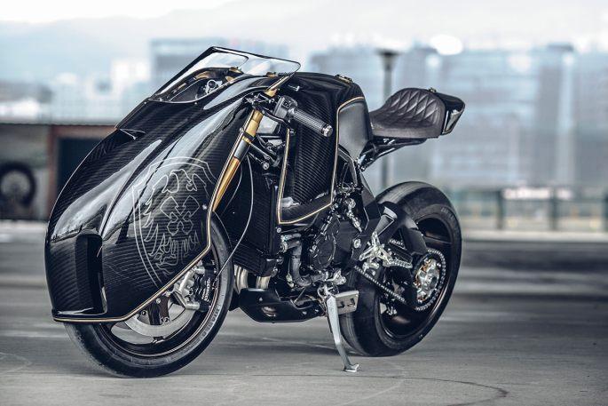 custom-mv-agusta-10