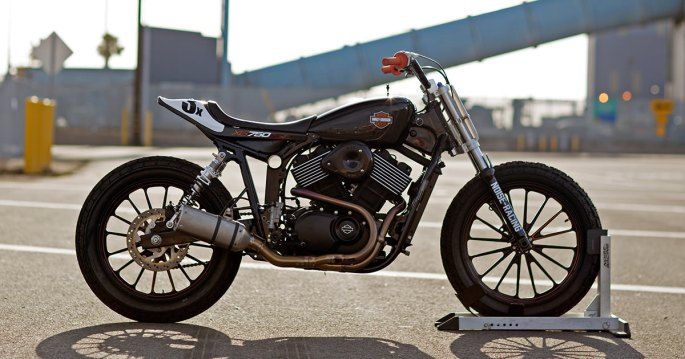 harley-xg750-flat-tracker-facebook