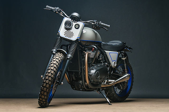 16_05_2017_Triumph_Street_Twin_Scrambler_Analogue_Motorcycles_custom_moto_pipeburn_03.jpg