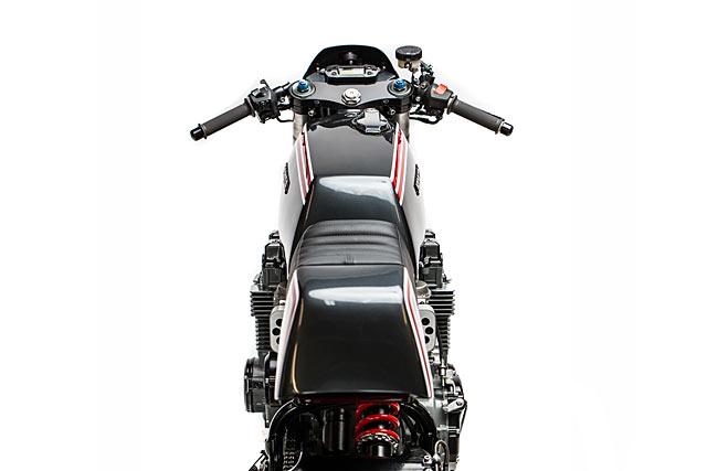 25_05_2017_Motorelic_Honda_CB750_Cafe_Racer_custom_pipeburn_moto_10.jpg