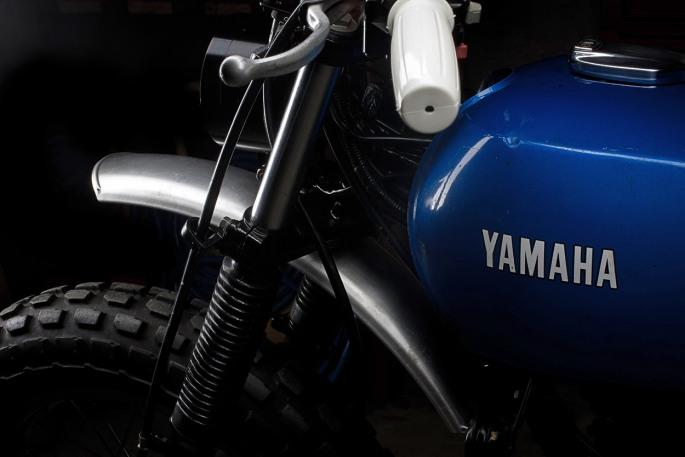 yamaha-tw200-custom-3.jpg